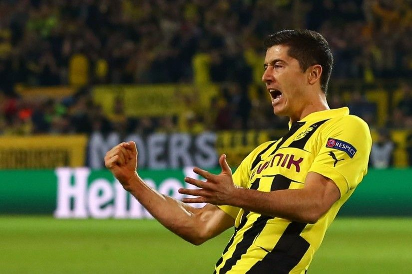 Borussia Dortmund Photos Wallpapers HD - Robert Lewandowski Celebration