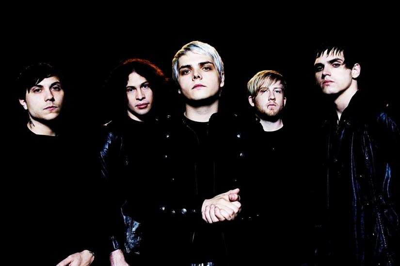 Preview wallpaper my chemical romance, band, members, look, background  2560x1440