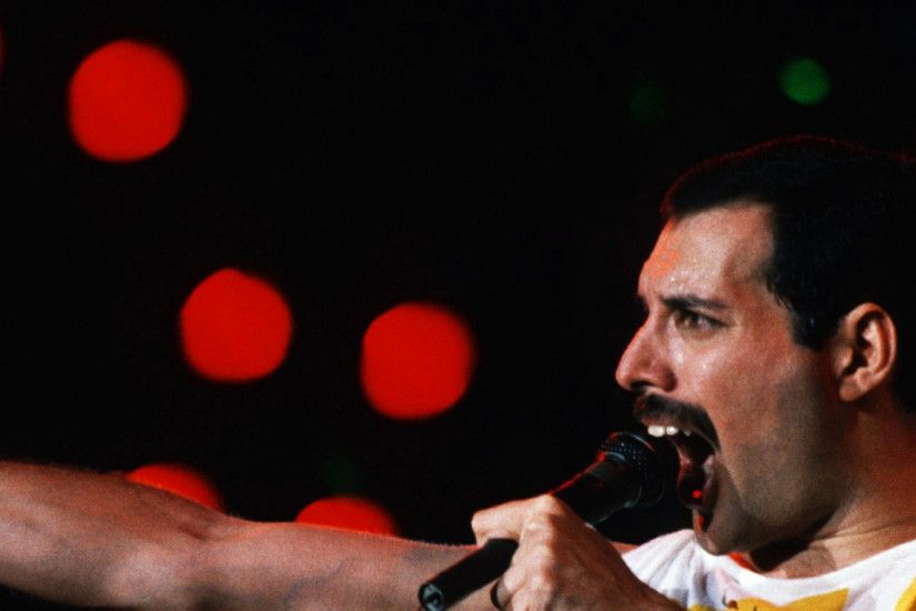 3840x1200 Wallpaper freddie mercury, singer, performance