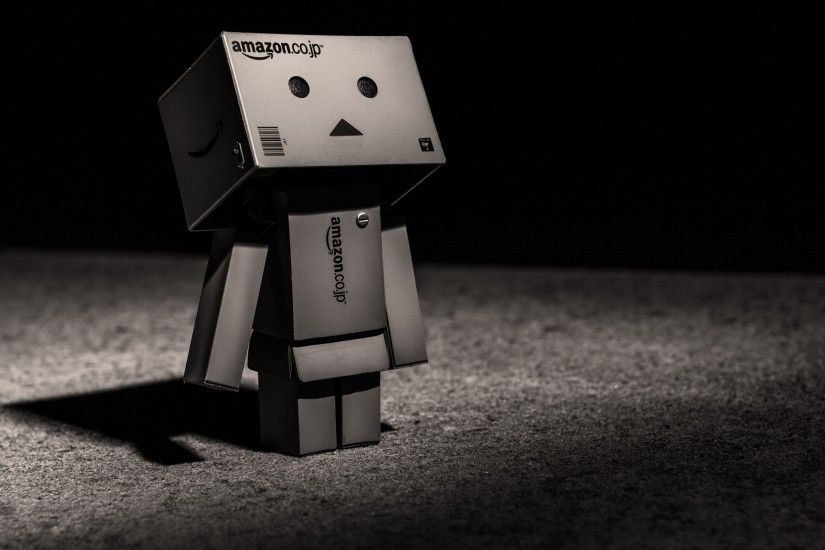 toys black and white danbo