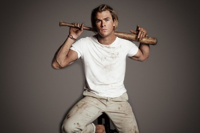 Download now full hd wallpaper chris hemsworth angry t-shirt dirty ...