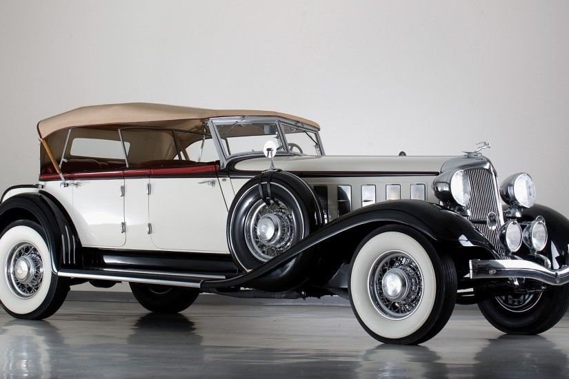 25 Beautiful Antique Cars For Car Lovers
