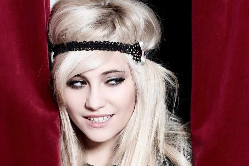 Pixie Lott Headband Wallpaper 53887
