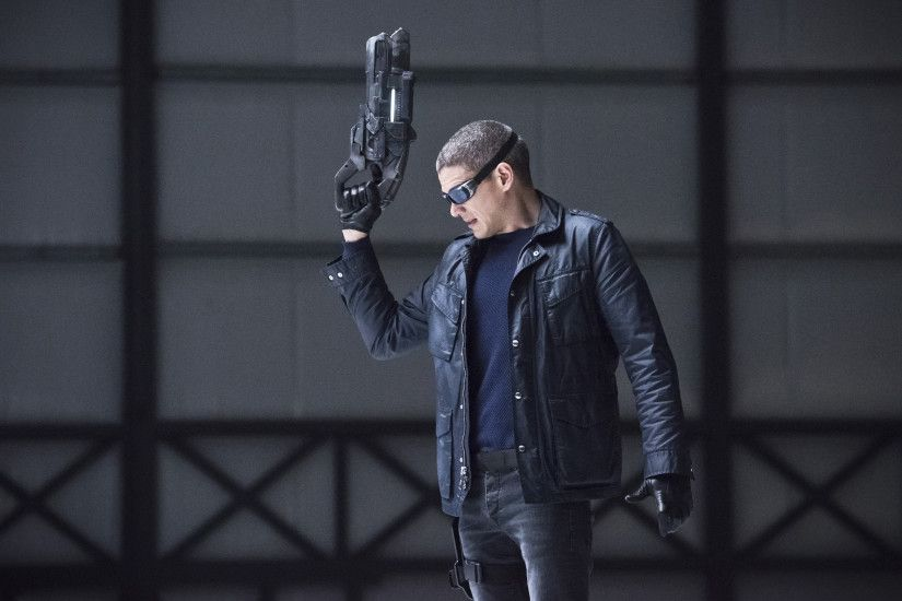 Wentworth Miller Captain Cold Legends of Tomorrow