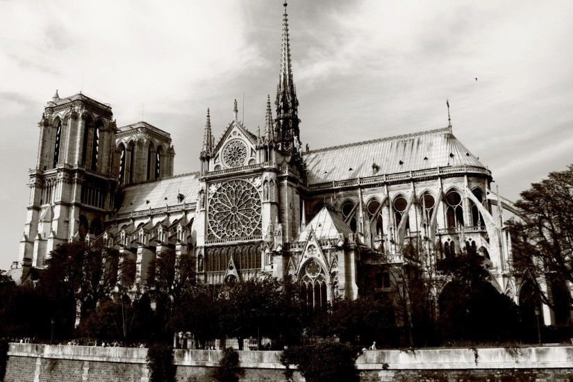 Medieval - Notre Dame Paris Medieval Cathedral Architecture Black White  Monuments Beautiful France Dual Wallpaper for