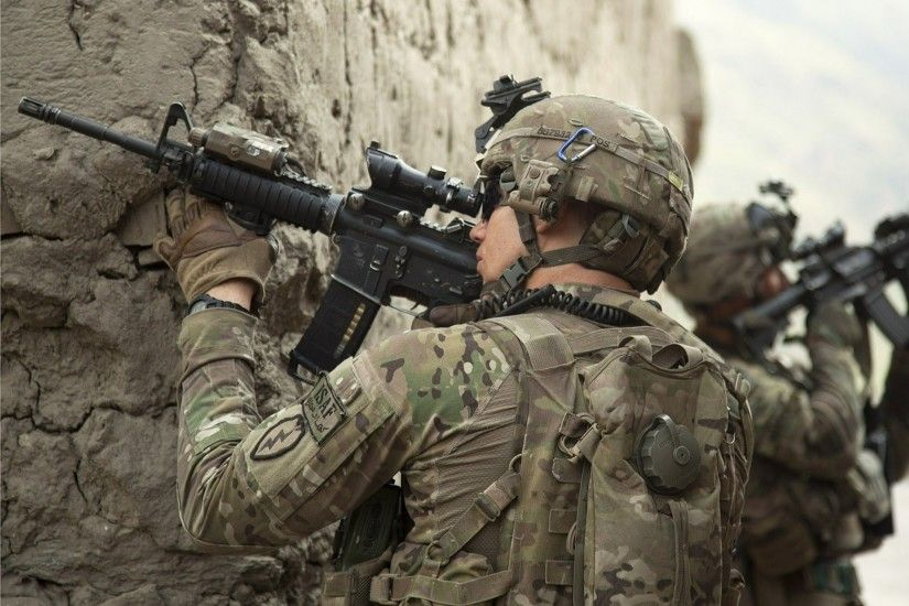 Download Wallpaper · Back. soldiers m4 american ...