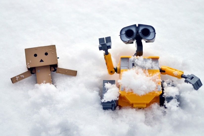 Danbo and Wall-E in Snow Wallpapers HD / Desktop and Mobile Backgrounds