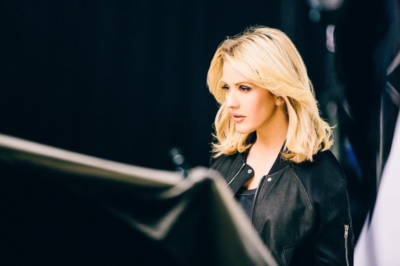 Ellie Goulding Backstage