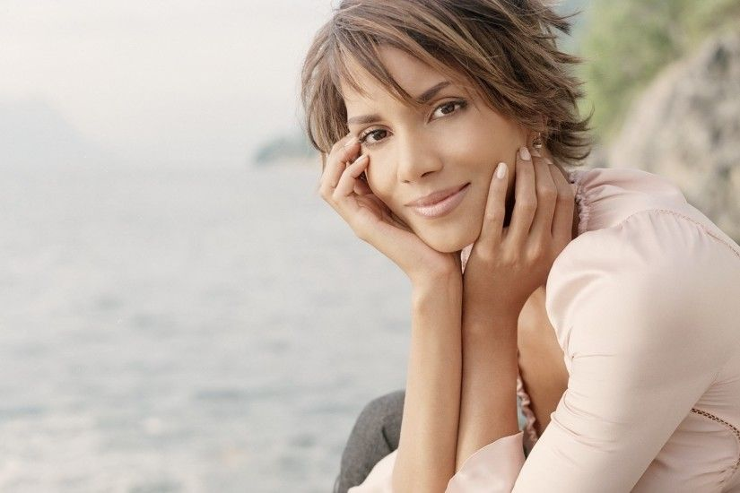 halle berry image for mac, 295 kB - Demelza Allford
