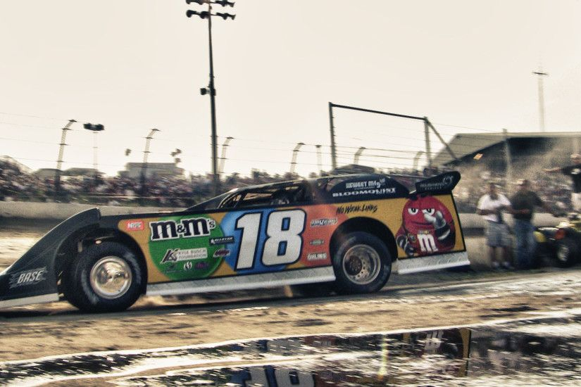 eldora-prelude-dream-18-kyle-busch-wallpaper