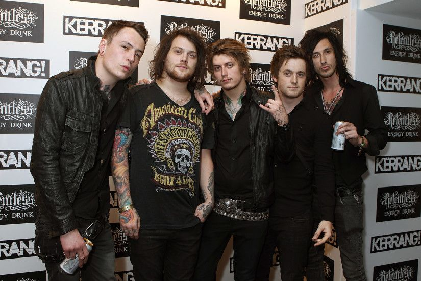 Is This NEW Asking Alexandria Music?