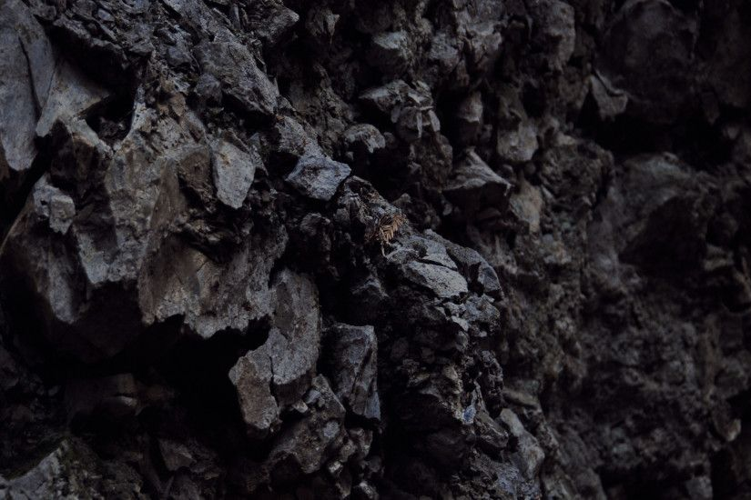 ... folkert-gorter-dark-rock-wall-ipad-wallpaper.jpg ...