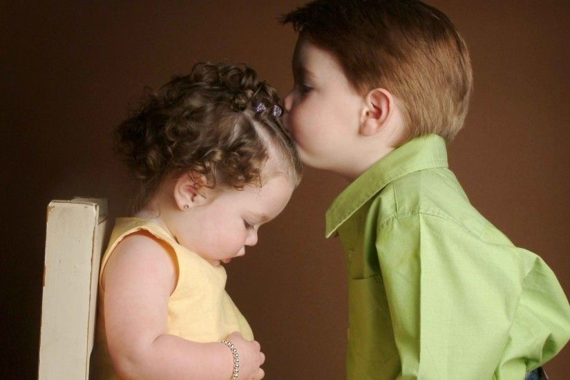 Cute Baby Couple In Love Kiss Images Full HD