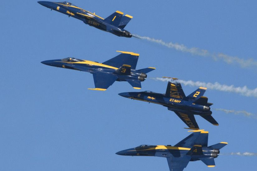 Download The Blue Angels McDonnell Douglas FA-18 Hornets wallpaper