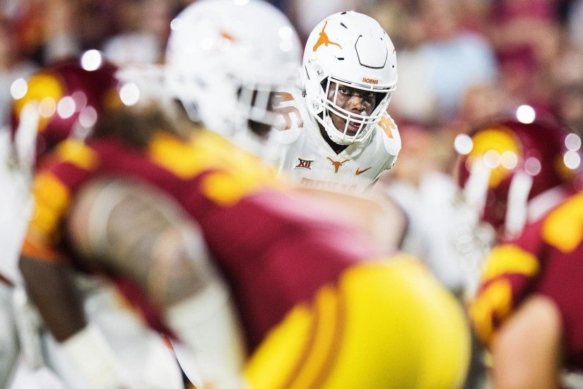 Jefferson named Lott IMPACT Trophy semifinalist - University of Texas  Athletics