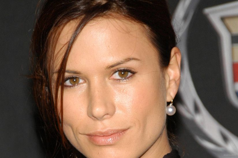 Rhona Mitra Face HD Computer Wallpaper picture
