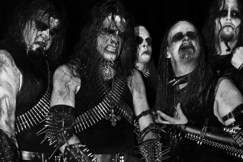 Preview wallpaper gorgoroth, look, teeth, darkness, hands 1920x1080