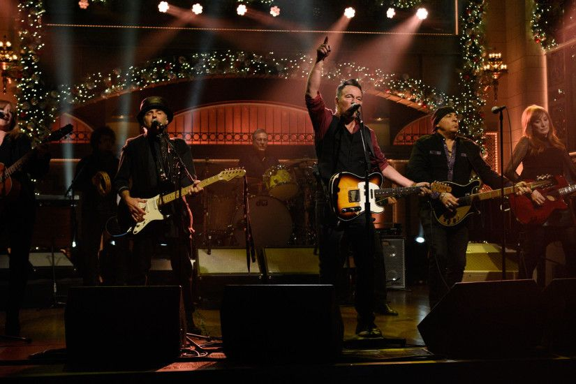 Watch Bruce Springsteen and the E Street Band: The Ties That Bind From  Saturday Night Live - NBC.com