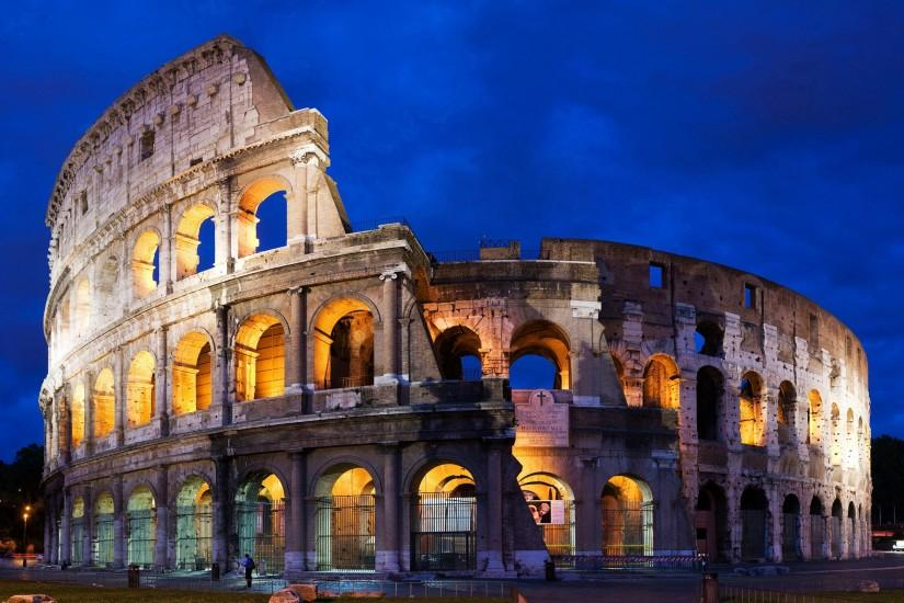 Roman Colosseum Italy Wallpaper