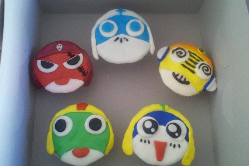 Just made these Sgt. Frog cupcakes ...