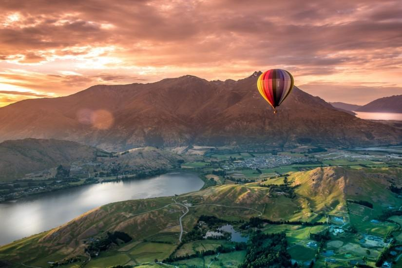 Beautiful Scenery From Top View Gondola In The Evening, <b>Queenstown</