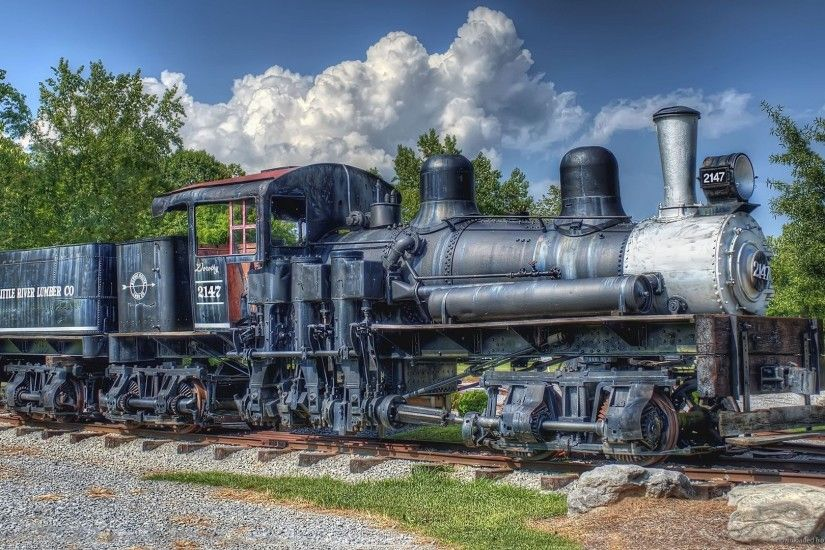 HD HDR of a peculiar locomotive wallpaper
