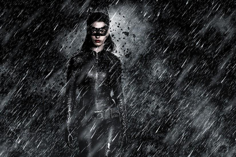 Anne Hathaway Catwoman.