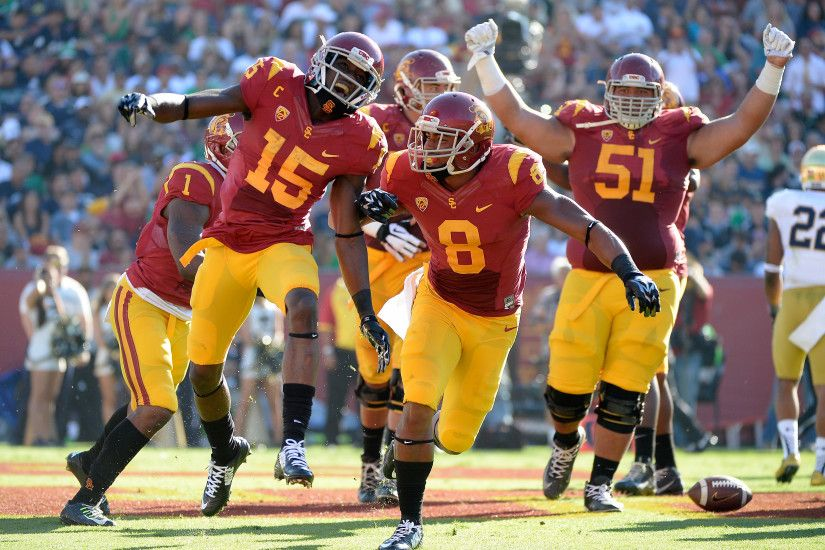 Notre Dame Vs. USC Recap And Highlights: Trojans Trounce Irish 49-14; See  All 7 TDs Here! [VIDEO]