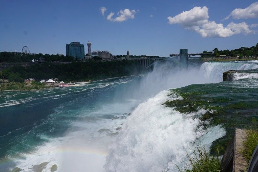The brink of American Falls as seen from Luna Island (Rainbow Bridge in  background)