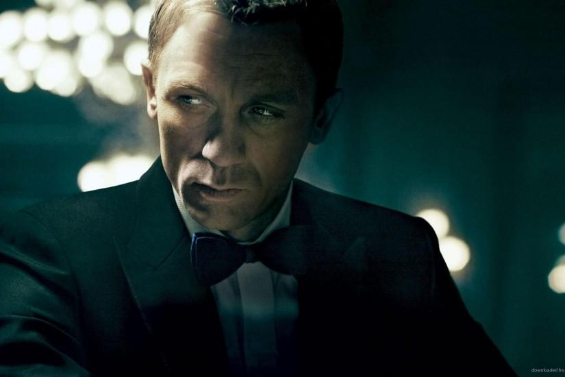 Download 1920x1080 Daniel Craig As A James Bond Wallpaper