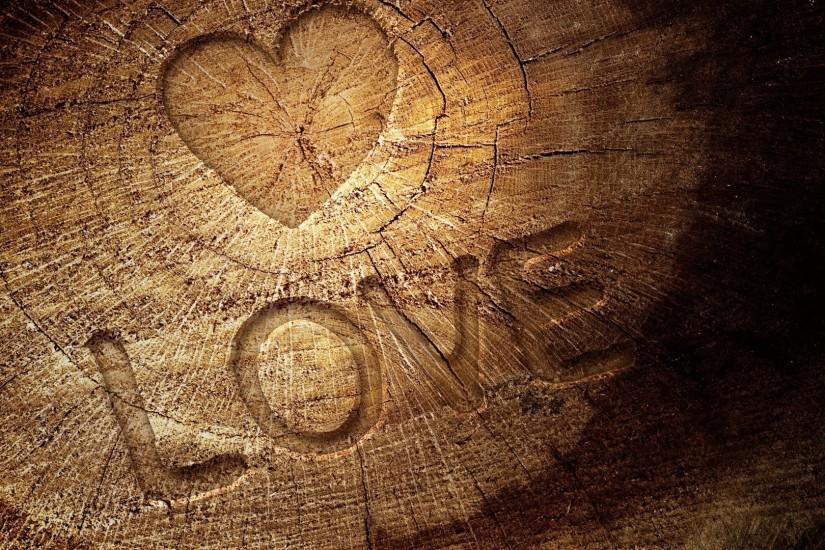 Love with heart in wooden plate superb wallpapers