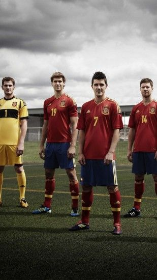 Spain National Team - Iker Cassilas, LLorente, Pedro Rodriguez, Xabi Alonso  wallpaper for