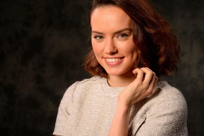 25+ Daisy Ridley Wallpapers HD Free Download