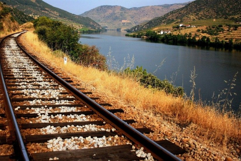 RElaxing railroad track wallpapers (4)