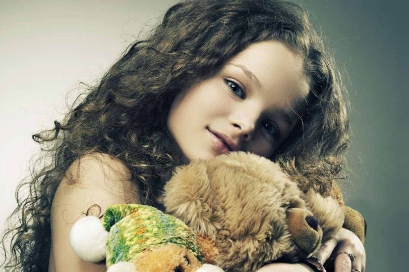 Child Girl Toys Hd Wallpaper | HD Cute Wallpaper Free Download ...