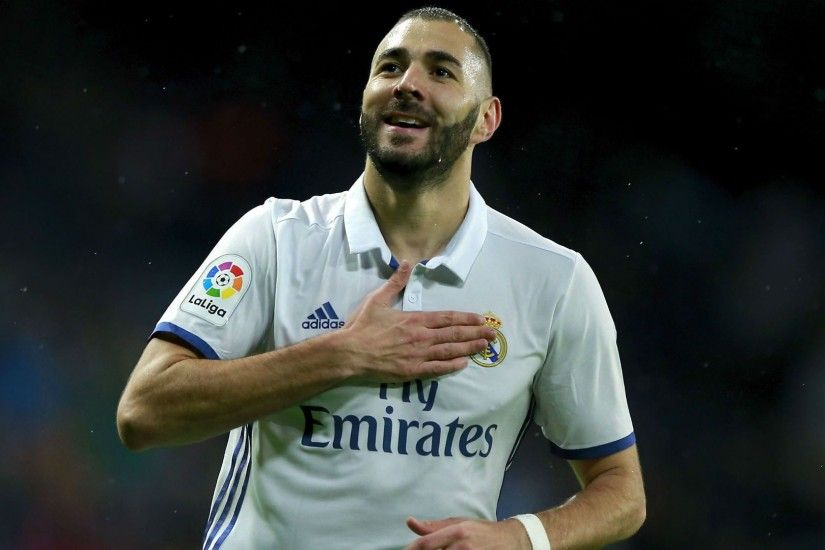 Best Striker Karim Benzema Wallpaper