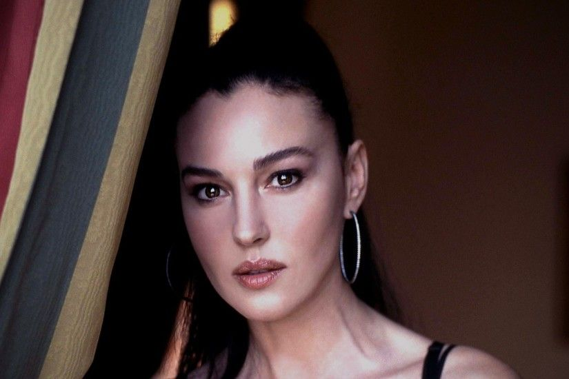 Monica Bellucci HD Wallpapers Pictures Images Photos 2015 #FemaleCelebrity