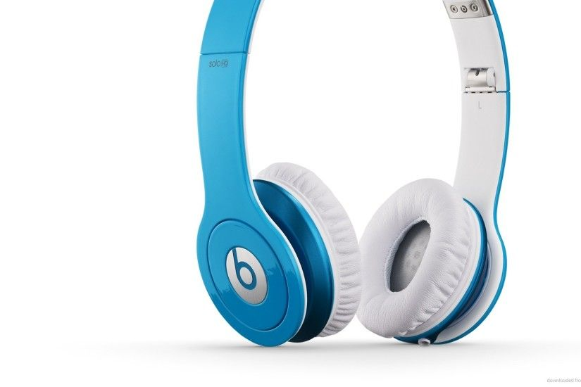 1600x900 Beats by Dre Solo HD Light Blue Left wallpaper