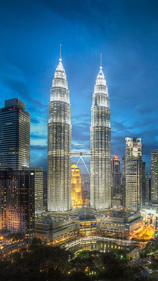 How to download Petronas Twin Towers iPhone Wallpaper HD:-