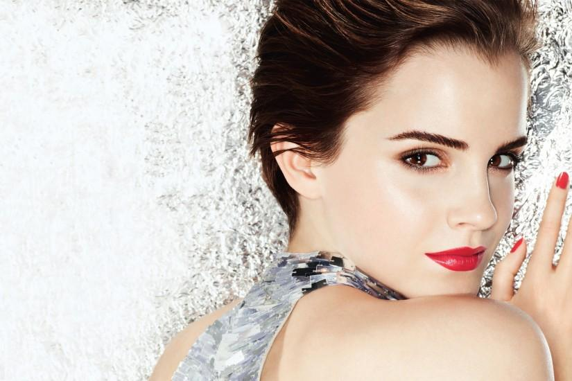 download free emma watson wallpaper 2880x1800