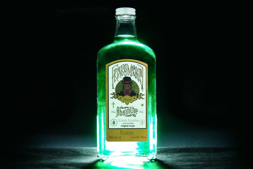 Frisky Monkey Absinthe packaging