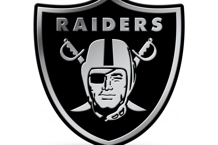 Oakland Raiders Logo 3D Chrome Auto Emblem NEW!! Truck or Car! Rico NCAA