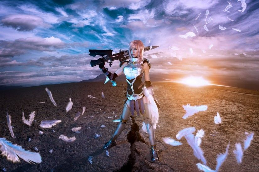 lyz brickley final fantasy xiii-2 lightning cosplay warrior feathers weapon