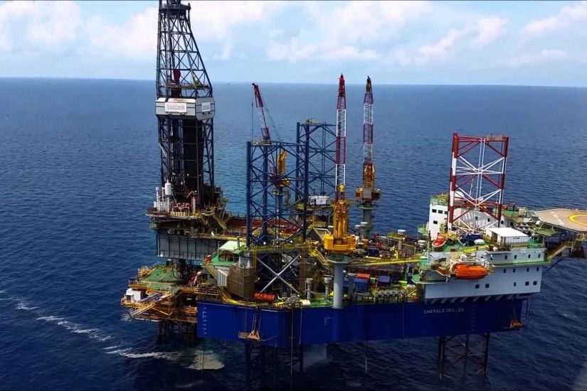 Oil rig in Gulf of Thailand-2015