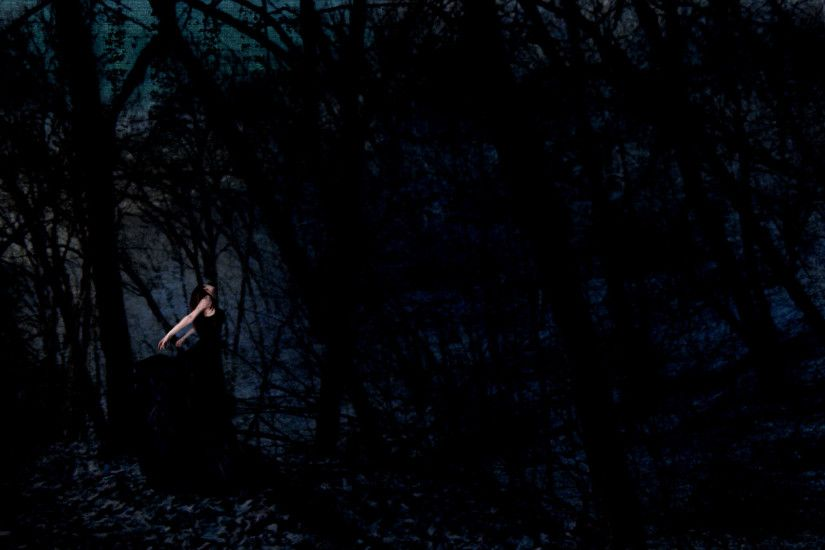 Gothic Girl in the Woods wallpaper from Gothic Girls wallpapers