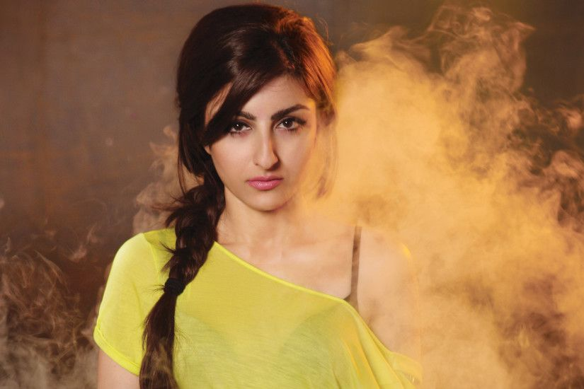 soha ali khan http://www.superwallpapers.in/wallpaper/soha