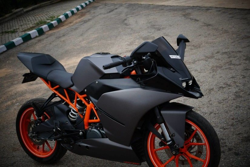 KTM RC390 Charcoal Grey Wrap by WrapCraft