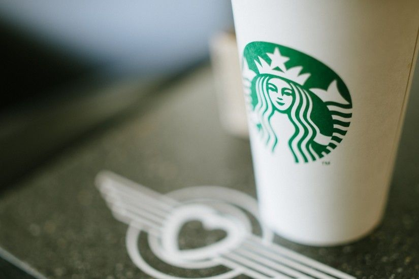 Preview wallpaper starbucks, coffee, cup, logo 1920x1080