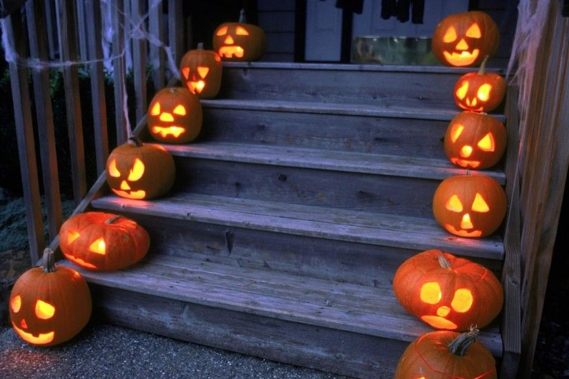 1920x1080 Wallpaper halloween, holiday, pumpkin, stairs, porch