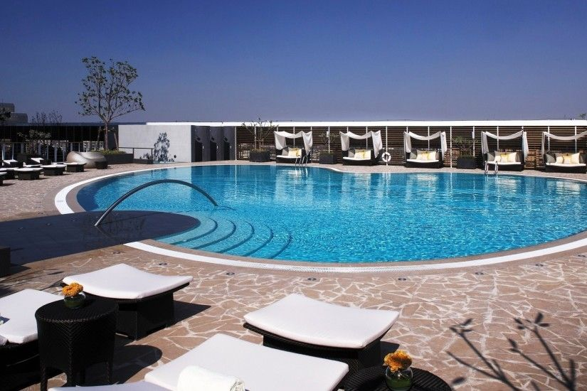 Preview wallpaper swimming pool, sun loungers, summer, comfort 3840x2160